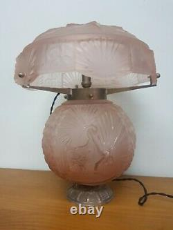 Art Deco Lamp In Bronze And Pink Molded Glass Muller Freres Luneville