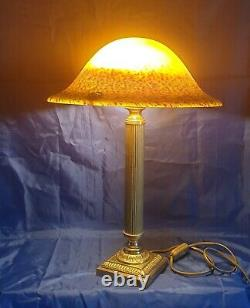 Bronze Art-deco Period Lamp Where Laiton Glass Paste Signed Vianne