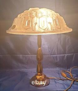 Bronze Art-deco Period Lamp Where Laiton Moulded Glass Signed Degué