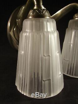 C. Jamain Wall Lamp Modernist Art Deco Bronze Nickeled And Tulips In Pressed Glass