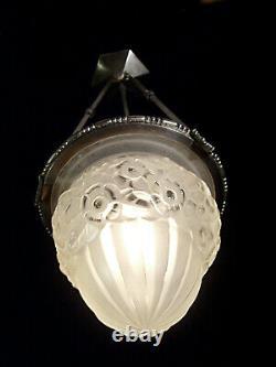L. Hugue Et Degué Suspension Art Deco Bronze Nickelé & Globe Pressed Glass 1930