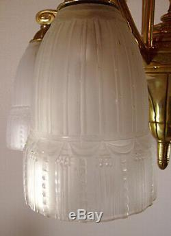 Muller Chandelier Art Deco Bronze Brothers And Pressed Glass Tulips 1925