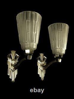 Pair D Apply Art Deco In Silver Bronze And Tulips In Glass Press 1930