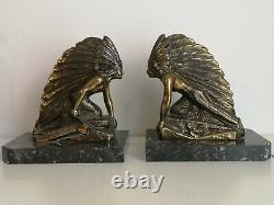 Pair Of Greenhouse Art Deco Books The Indians, Regulates Bronze Patina, Marble Base
