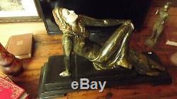 Statue Art Deco Sign Menneville