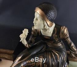 1925-30 ART DECO SCULPTURE statue par MENNEVILLE Dame aux colombes 53 cm 15kg