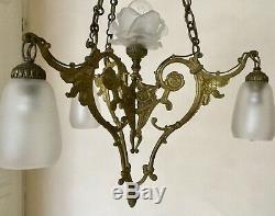 Ancien lustre Art Nouveau Art Déco bronze doré 4 tulipes