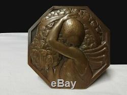 Art déco Bronze médaille plaque Porteuse de fleurs -P. Turin (1891-1968)