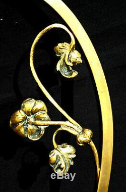 Belle lampe 1900 pied bronze tulipe muller, era daum galle vase