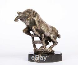 Bronze animalier taureau de M Prost mascotte automobile art deco