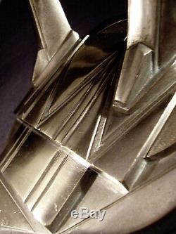 C. Jamain Applique Moderniste Art Déco Bronze Nickelé Et Tulipes En Verre Pressé