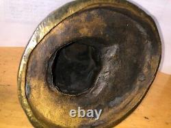 Chat Assis Devant Un Escargot Bronze Signe Mohler, fonte Ancienne Belle Qualite