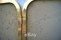 Ecran de cheminée à 3 volets en laiton doré. Art déco 1930's H48 cm L100 cm