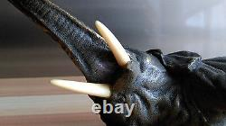 Éléphant En Bronze De Vienne Yeux En Sulfure, Fonte D'édition Ancienne