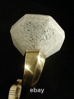 H. Fournet Et Schneider Applique Art Déco En Bronze Et Coupelle En Verre Pressé