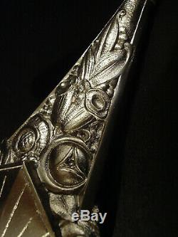 H. Mouynet Applique Art Déco En Bronze Nickelé Et Tulipe En Verre Pressé 1930