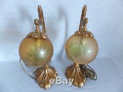 Importante Paire De Lampe En Bronze Et Verre Coloré Style Art Nouveau