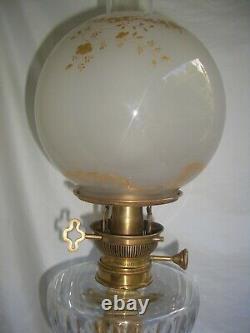 Lampe à Pétrole Napoléon III Corinthien Cristal de Baccarat, Bronze, et Marbre