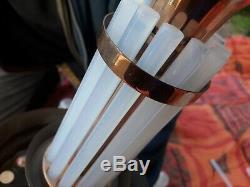 Lustre art deco petitot ezan. 6 Bras de lumière. Bronze cuivré et opaline