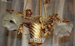 Magnifique lustre panier en bronze tulipe pate de verre. Antique French bronce