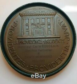 Médaille art deco femme Pierre Turin Assurance La Providence French art Medal