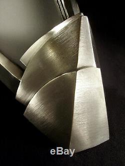 Paire Dappliques Modernistes Art Déco Bronze Nickelé & Plaques En Verre Sablé