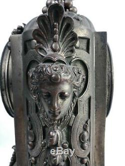 Pendule Garniture De Cheminee Avec Bougeoirs En Bronze 1880-1900
