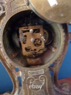 Pendule cartel LOUIS XV en bronze Hauteur 440mm