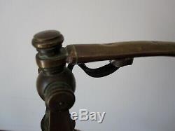 Pied de lampe bronze, tulipe ancienne pâte de verre signée Schneider