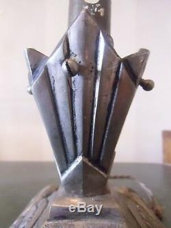 Pied de lampe, veilleuse art deco, nouveau en bronze argenté décor papillons