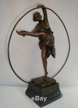 Statue Cerceau Sexy Style Art Deco Style Art Nouveau Bronze massif Signe