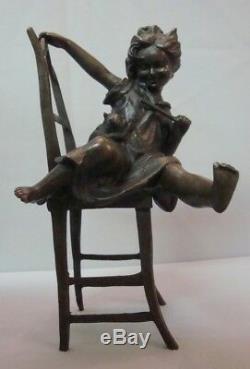 Statue Chat Fille Style Art Deco Style Art Nouveau Bronze massif Signe