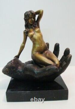 Statue Pin-up Nu Style Art Deco Style Art Nouveau Bronze massif Signe
