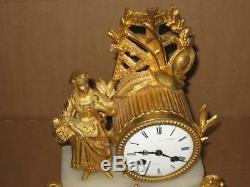 Superbe Pendule Ancienne Du Xixeme En Regule Dore/bronze Fonctionne Clock Pendul