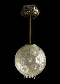 Verreries Des Hanots Suspension En Bronze Nickele Et Globe En Verre Presse 1930